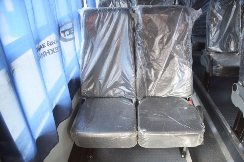 Кресла с ремнями безопасности