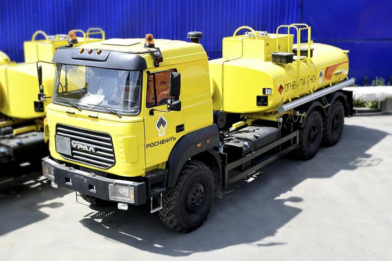 Нефтепромысловая автоцистерна на шасси Урал