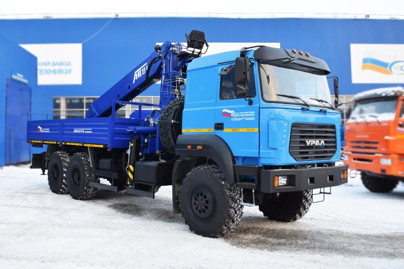 Бортовой автомобиль Урал с бескапотной кабиной с КМУ АНТ 27-1