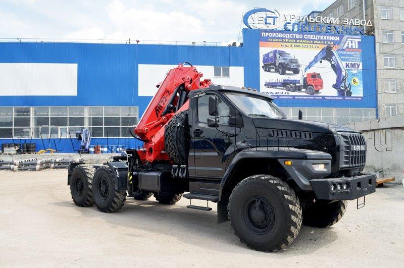 Седельный тягач Урал-NEXT 4320-6921-74Г38 с КМУ АНТ 22-2