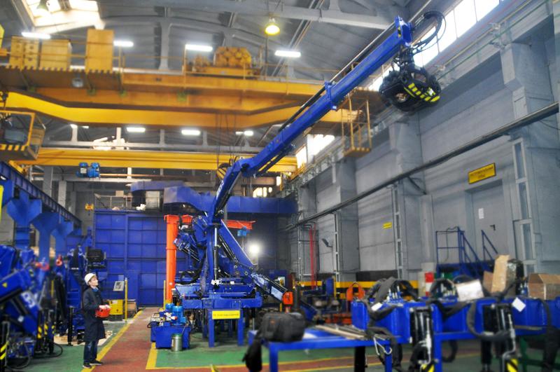 Крано-манипуляторная установка АНТ 8.5-2 для погрузки леса
