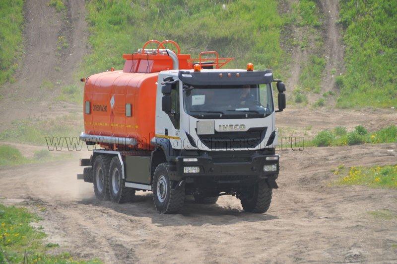 Автотопливозаправщик АТЗ-18  Iveco Trakker AT380T42W