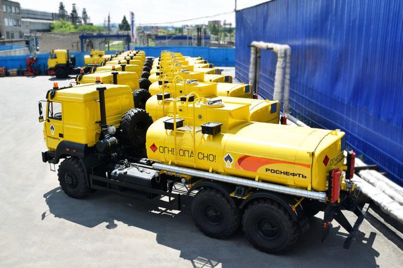 Полуприцеп цистерна для нефти УЗСТ-ППЦ-26 м³