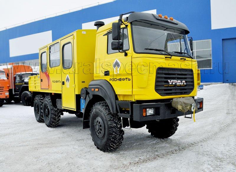 Грузопассажирский автомобиль Урал 4320-4151-81М с КМУ ИМ-15