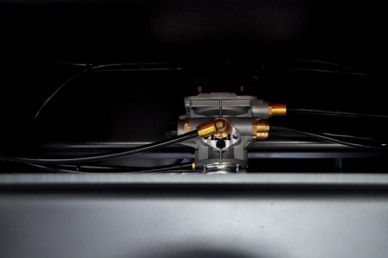 Тормозная система - пневматическая с ABS