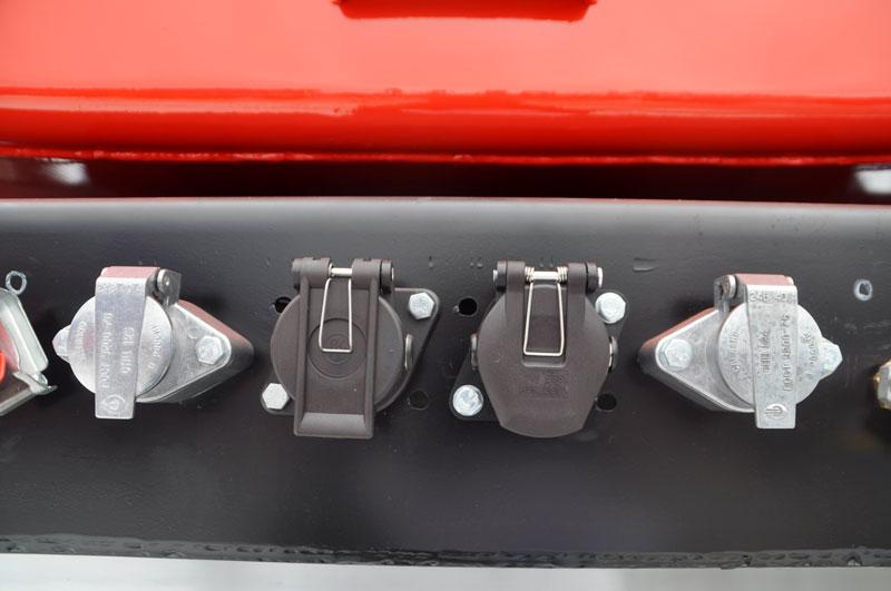 Электрооборудование – двухпроводное, 24В, от тягача