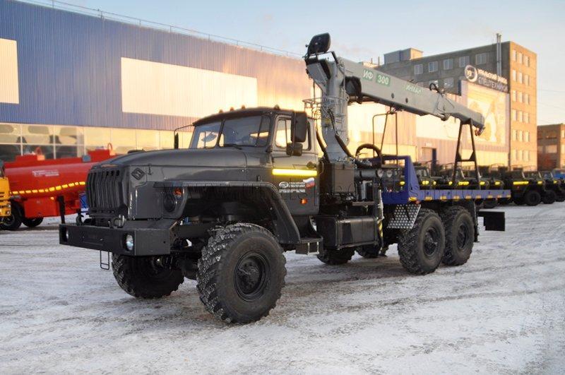 Агрегат транспортировки барабанов и насосов АТЭ-6 Урал 4320-1951-60 с КМУ ИФ-300