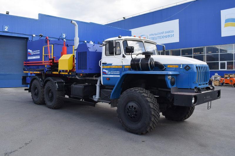 Цементировочный агрегат ЦА-32 УЗСТ-001-01 Урал 4320 (плунжерный насос)