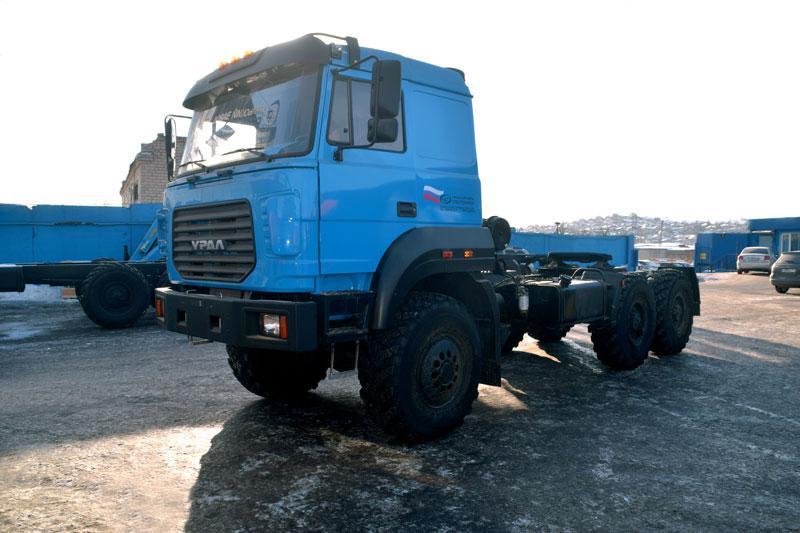 Седельный тягач Урал 44202-3521-82Е5
