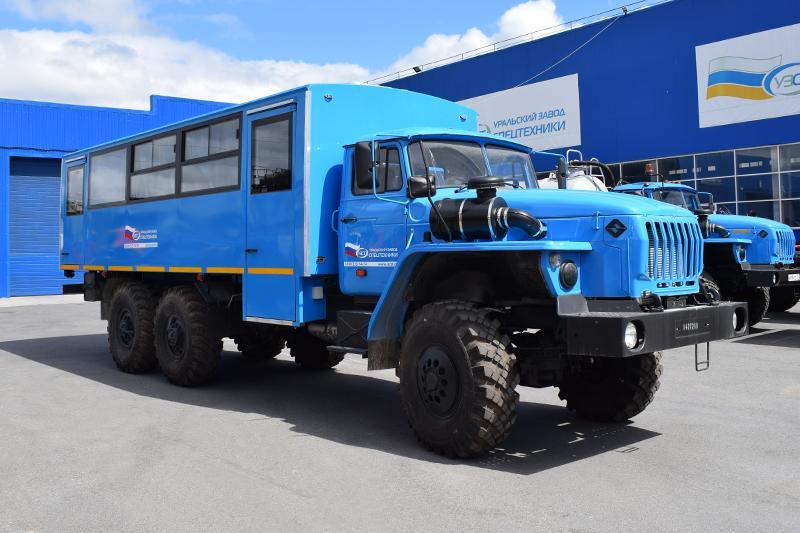 Вахтовый автобус Урал 3255-0013-61Е5-28 – 28+2 места