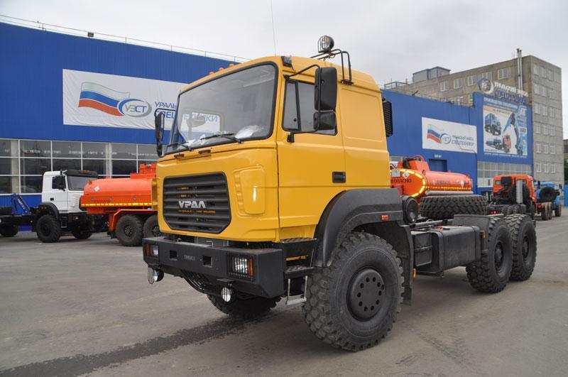 Шасси Урал 6370 с бескапотной кабиной