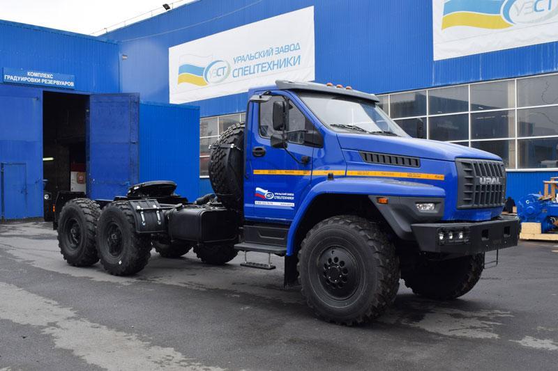 Седельный тягач Урал-NEXT 4320-6952-72Е5Г38
