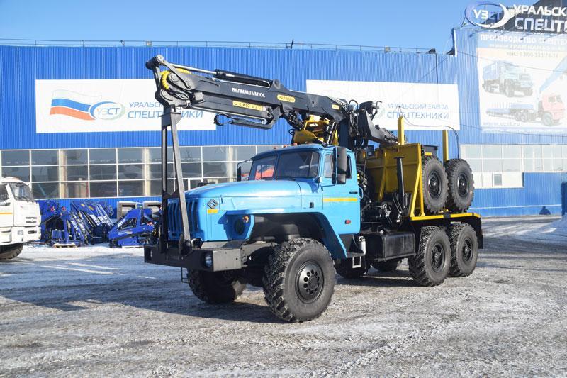 Лесовозный тягач Урал 55571-1112-60Е5 с КМУ VM10L74