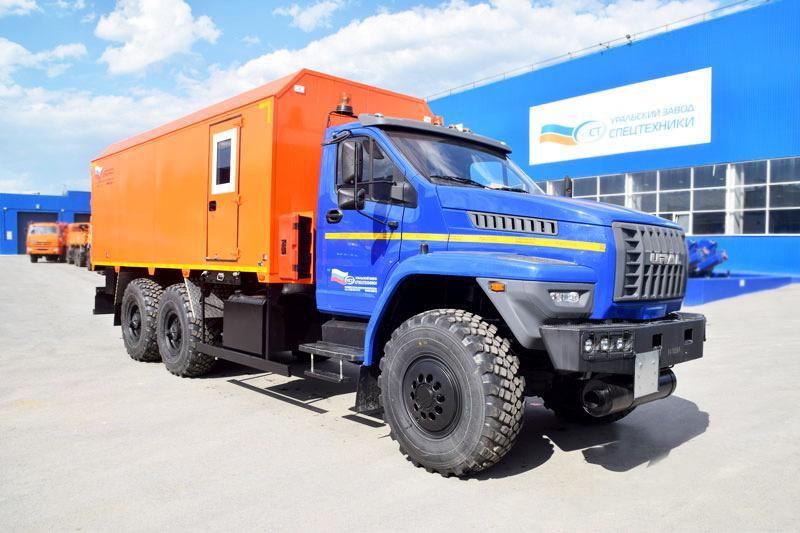 Автомобиль для перевозки взрывчатых веществ Урал-NEXT 4320-6952-72Е5Г38 (004)