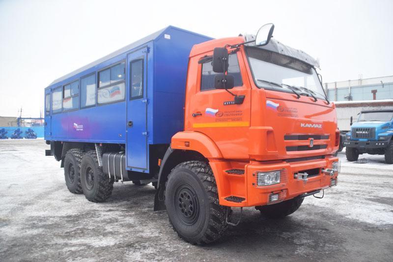 Вахтовый автобус Камаз 43118-3027-50 – 28+2 места (комплектация Люкс)
