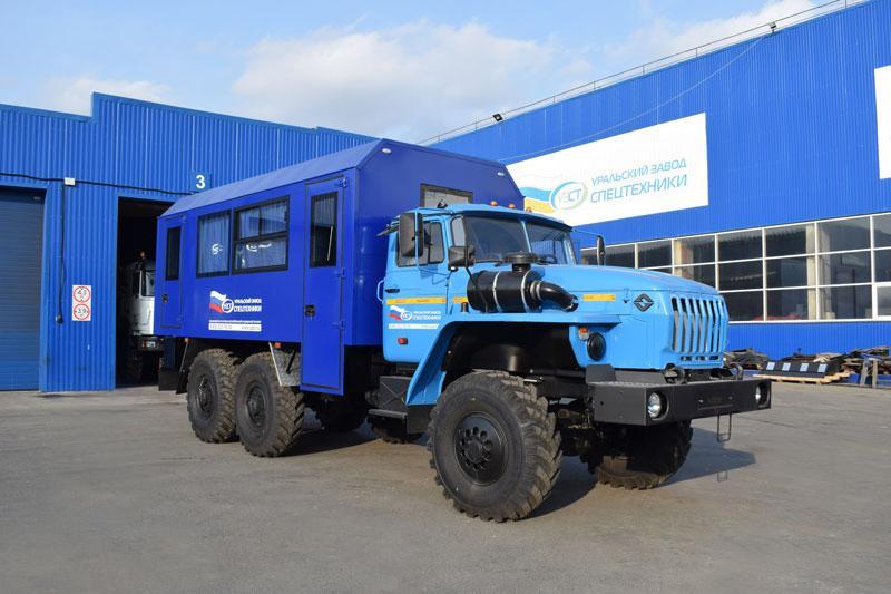 Вахтовый автобус Урал 4320-1112-61Е5 (001) – 13+2 места (с грузовым отсеком)