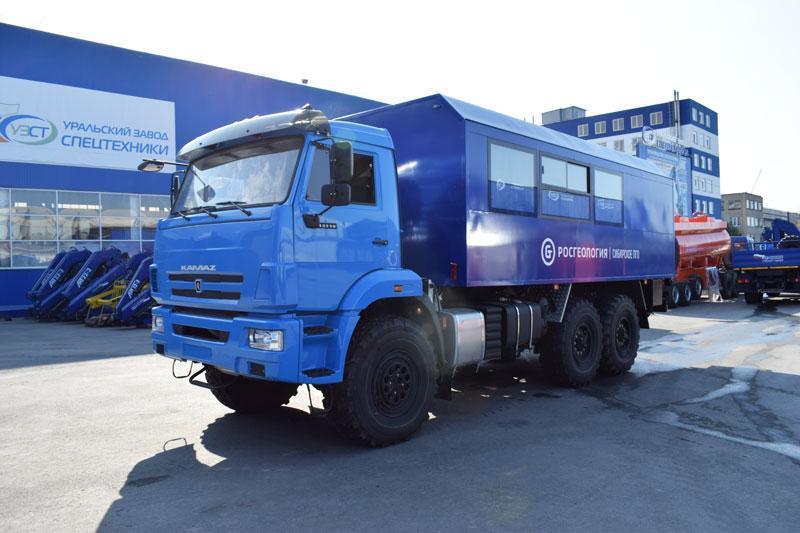 Вахтовый автобус Камаз 43118-3027-50 (001) – 14+2 места (с грузовым отсеком)