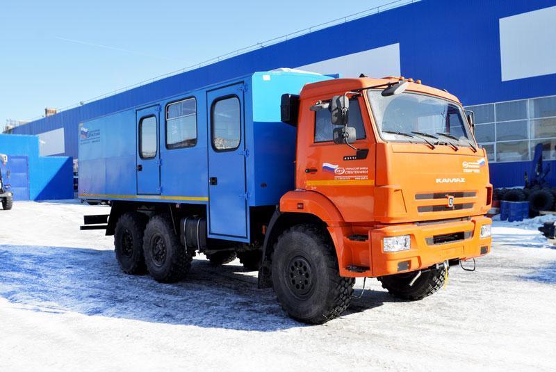Вахтовый автобус Камаз 43118-3017-50 – 14+2 места (с грузовым отсеком)