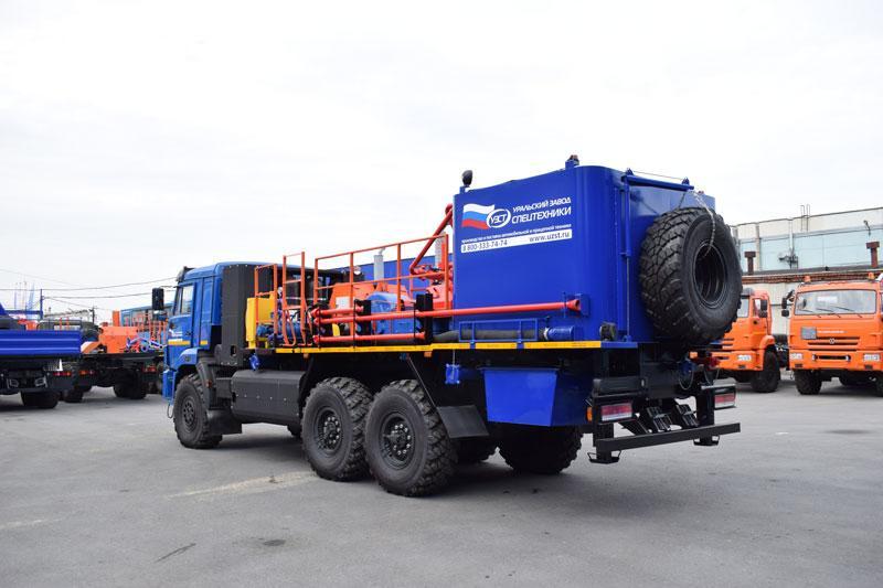 Цементировочный агрегат ЦА-32 на шасси с газовым двигателем Камаз 43118