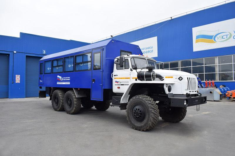 Вахтовый автобус Урал 4320-1916-40И03 – 26+2 места