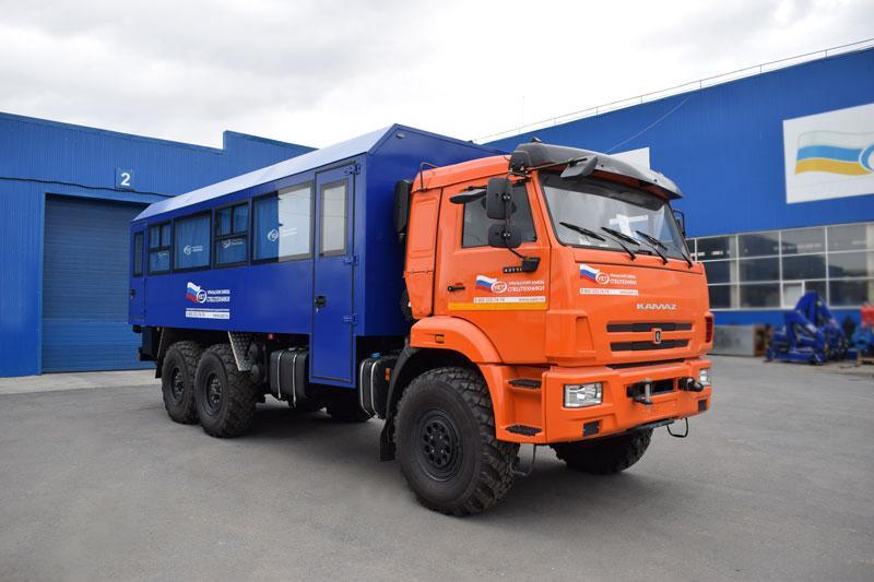 Вахтовый автобус Камаз 43118-3017-50 (сп.м.) – 28 мест