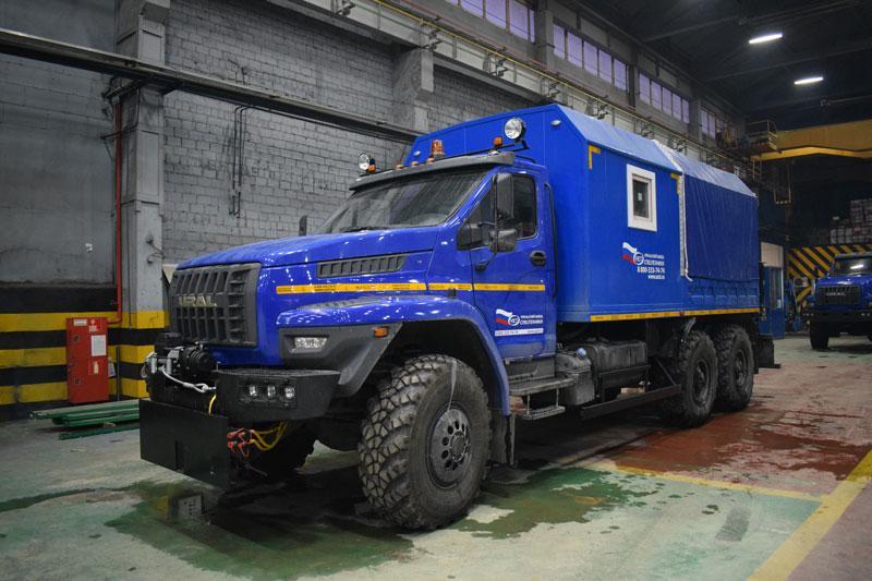 ПАРМ Урал-NEXT 4320-6951-74Е5 с КМУ HIAB XS 099