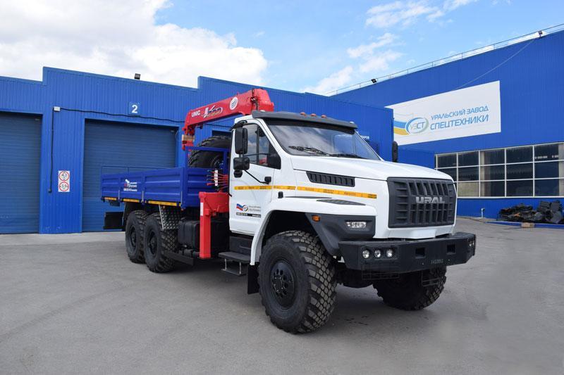 Бортовой Урал-NEXT 4320-6952-72Е5Г38 с КМУ Unic UR-V503 (44, г/п 3 т., тросовый)