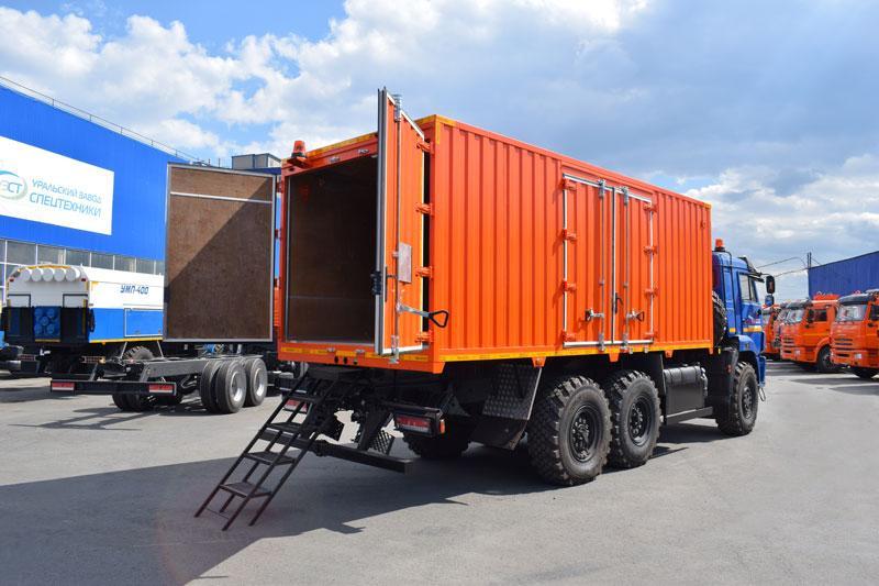 Автомобиль для перевозки взрывчатых веществ Камаз 43118-3049-78(RR) (007)