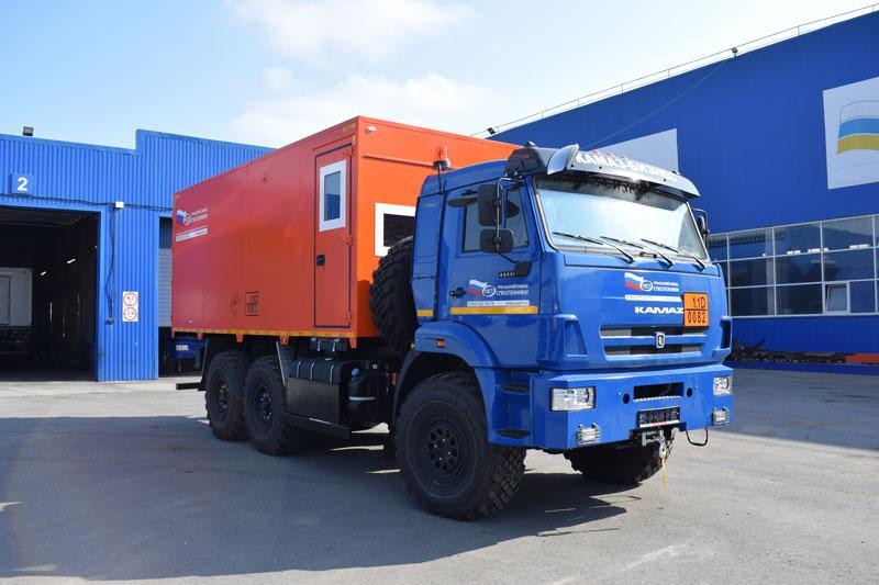 Автомобиль для перевозки взрывчатых веществ Камаз 43118-3049-RR (008)
