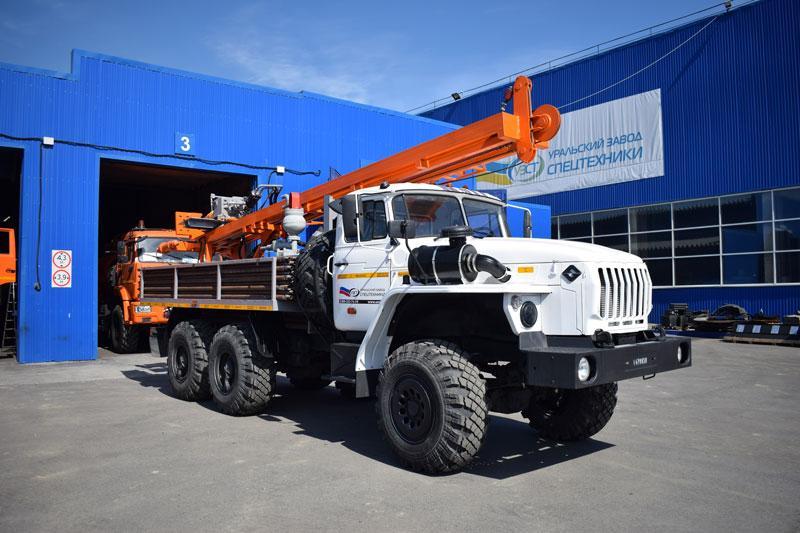 Буровая установка УРБ-2А2 Урал 5557-1112-40