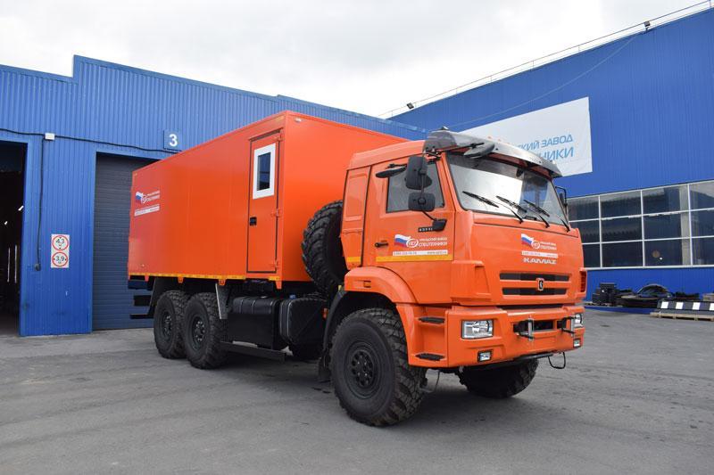 Автомобиль для перевозки взрывчатых веществ Камаз 43118-3086-50 (010)
