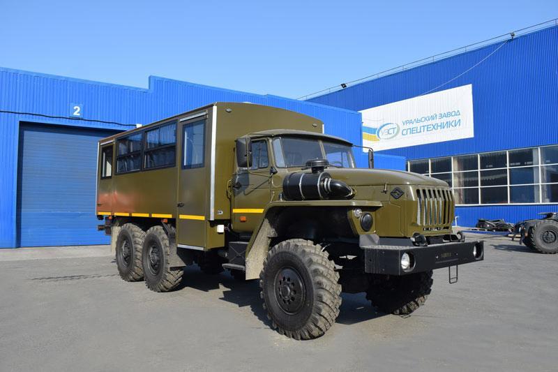 Вахтовый автобус Урал 32551-0013-61Е5 – 20+2 места