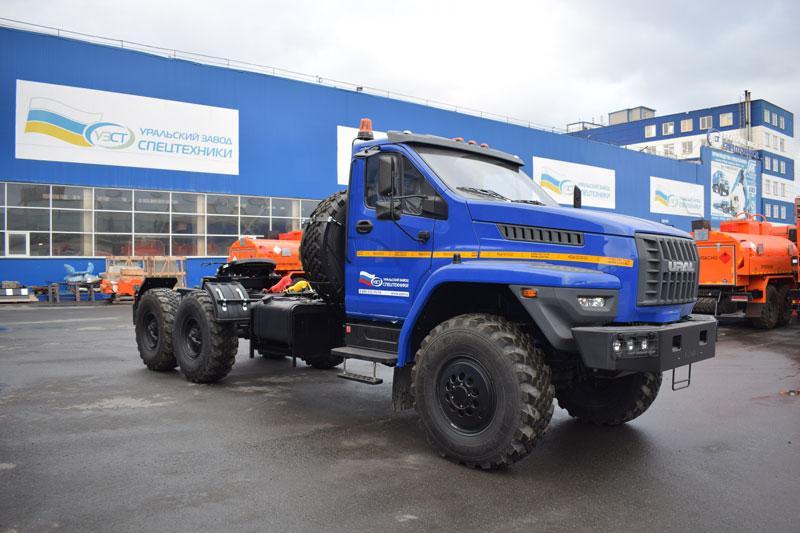 Седельный тягач Урал-NEXT 4320-6952-74Е5Г38