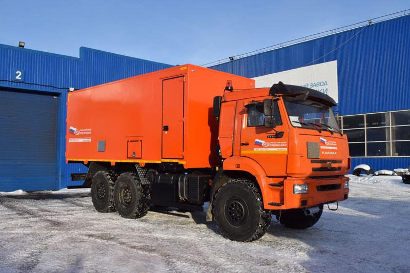 Автомобиль для перевозки взрывчатых веществ Камаз 43118-3011-50 (011)