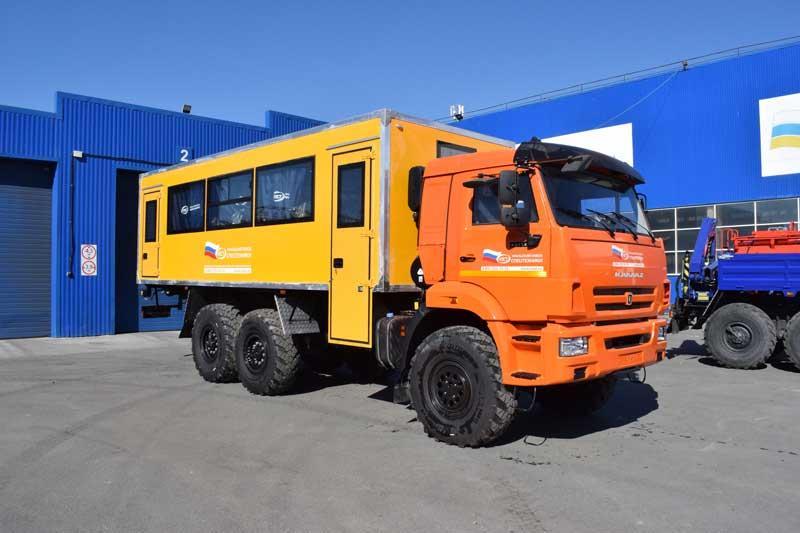 Вахтовый автобус Камаз 43118-3011-50 – 28+2 места