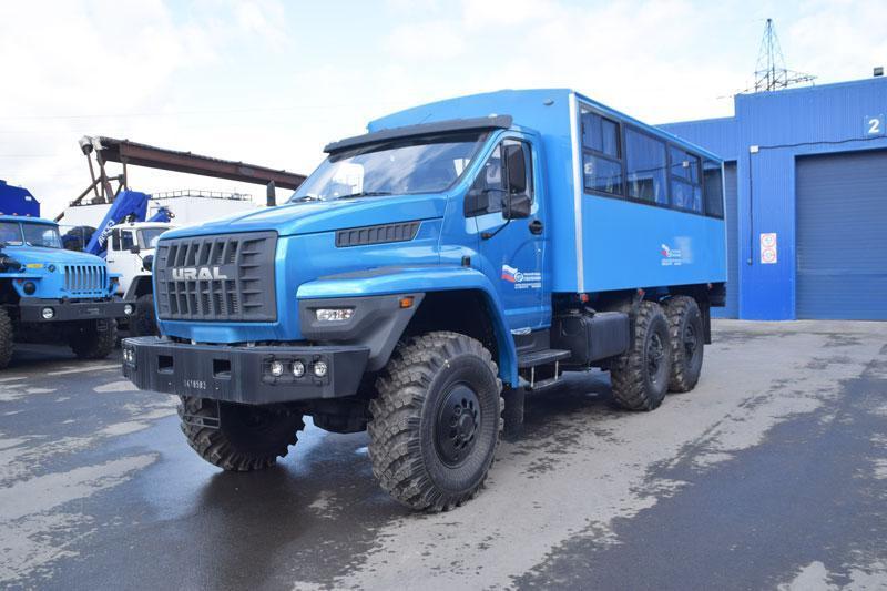 Вахтовый автобус Урал-NEXT 4320-6952-72Е5Г38 – 22+2 места