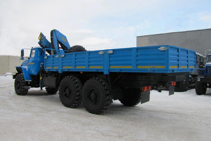 Бортовой Урал 4320-1912-60Е5 с КМУ ИМ-150 за кабиной