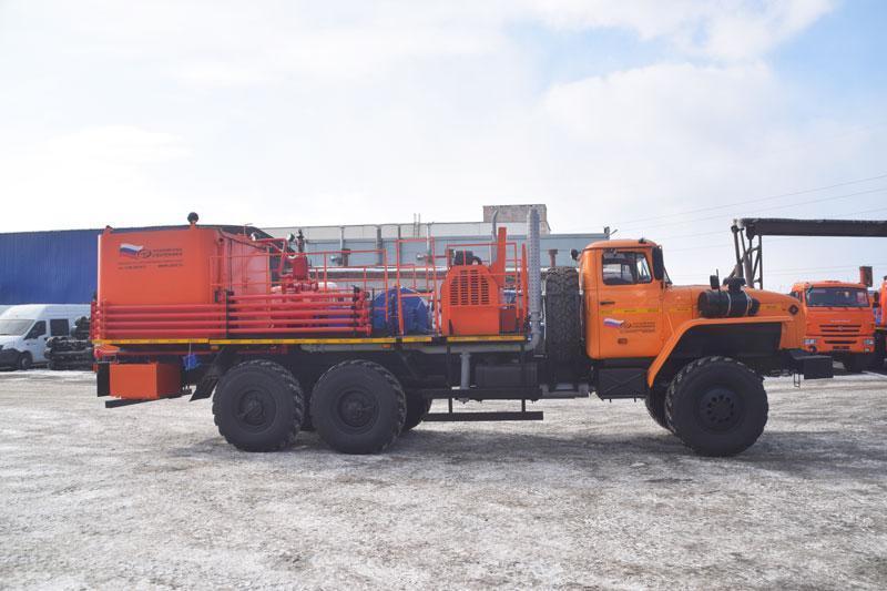 Цементировочный агрегат ЦА-32 УЗСТ-006 Урал 4320 (поршневой насос)