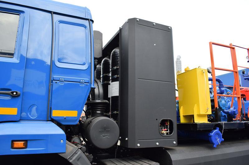 Цементировочный агрегат ЦА-32 на шасси Камаз с газовым двигателем
